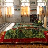 saint ma hajiani dargah: of red and green bangles