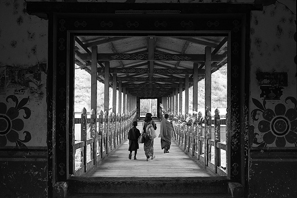 thimphu_bridge1bw