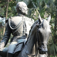 """Ever wondered what happened to the Kala Ghoda [Black Horse] of Mumbai's Fort district. The equestrian statue of King Edward VII, which once enjoyed pride of place on the old Esplanade Road, is now installed in the museum lawns together with the gas lamp that once stood by the Metro Cinema and the 6th century """"elephanta"""" from Elephanta Caves."""