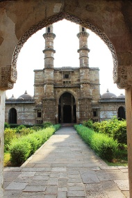 Just outside the Royal Enclosure is Jami Masjid, the most prominent monument in the Champaner-Pavagadh UNESCO World Heritage Site. It was built in 1509.