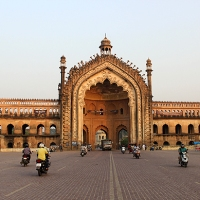 a self-guided walk through lucknow's historical precinct