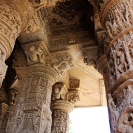 Just before the main temple is the ranga mandapa or sabha mandapa, an open airy pillared hall, and site for congregational dancing and singing in medieval times.
