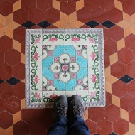 I coudn't resist taking this picture. Just look at the floor tiles. What a lovely combination and composition!
