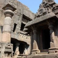 Cave 32 or Indra Sabha, is the highlight of the Jain series. Its stone elephant, column and monolithic shrine, though on a much smaller scale, are reminiscent of the Hindu Kailasha Temple.